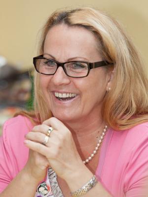 Büromanagerin Carmen Szalay-Wieser
