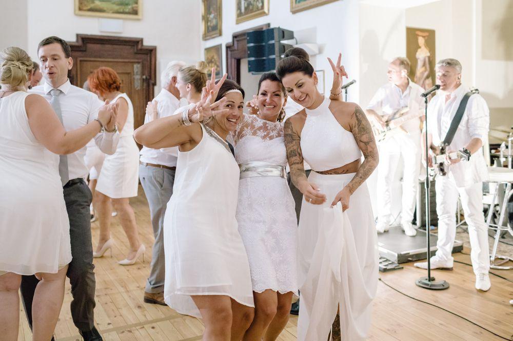 Perlmutt-Pictures-Hochzeitsfotograf-Kaernten-Hochzeit-Schloss-Maria-Loretto-55