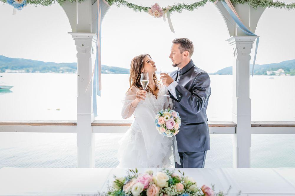 Perlmutt Pictures Hochzeitsfotograf Kaernten Hochzeit im Werzers Badehaus
