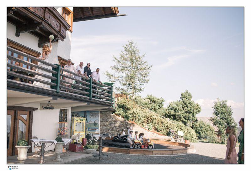 Perlmutt_Pictures_Hochzeitsfotograf_Kaernten_Reportage_Brigitte_und_Sebastian_32